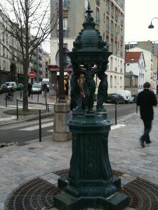Fontaine Wallace rue des envierges